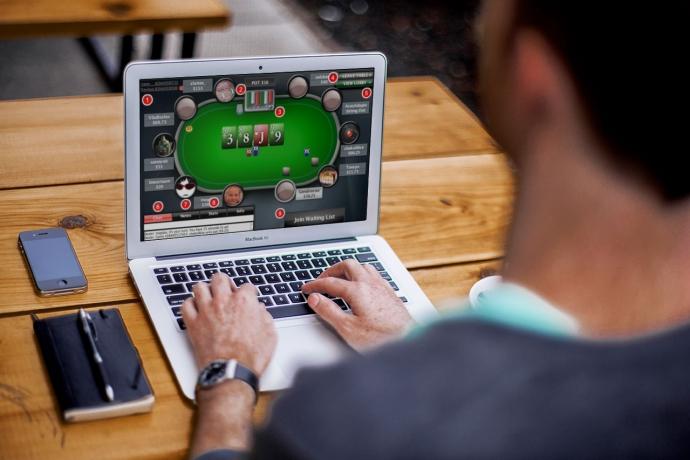 покере где заработать онлайн на