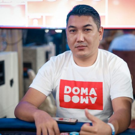 Казахстанец Руслан Жоламанов вышел в финальный день Главного турнира в Минске