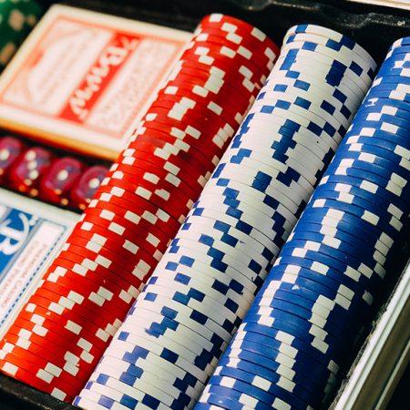 Как не потерять все деньги в покере: банкролл-менеджмент