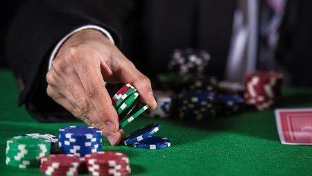 5 преимуществ от игры в покер