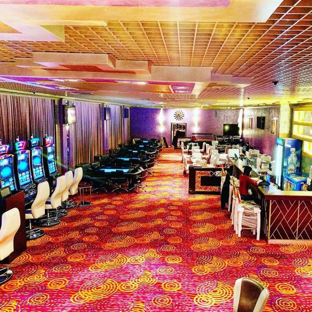 Покерный клуб Diamonds Казахстан