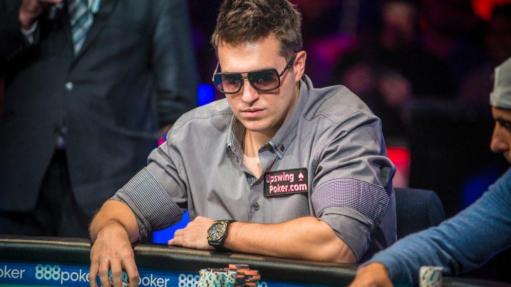 Как стать плюсовым регуляром в покере