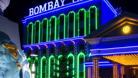 Расписание турниров на февраль Покерного клуба «Бомбей»