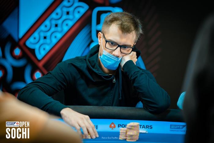 Виктор Устимов покер